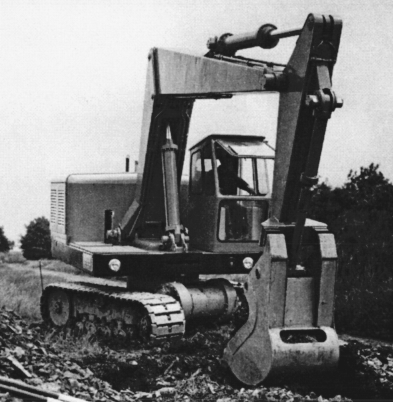 Innovations in Earthmoving Equipment: New Forms and Their Evolution